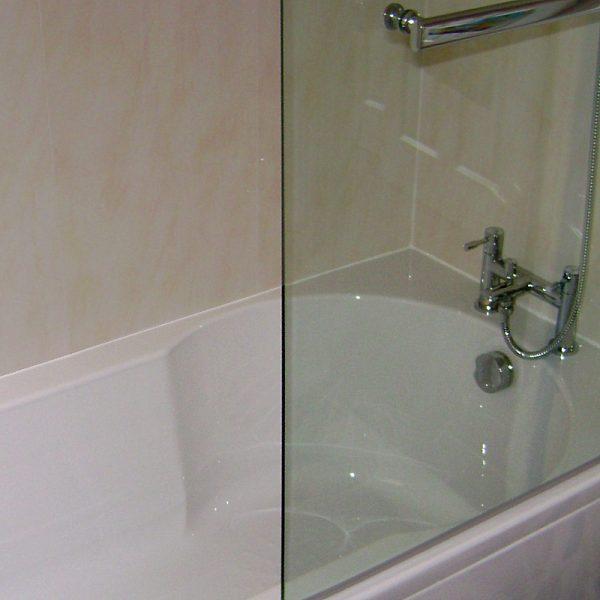 Vicenza Beige in a shower bath