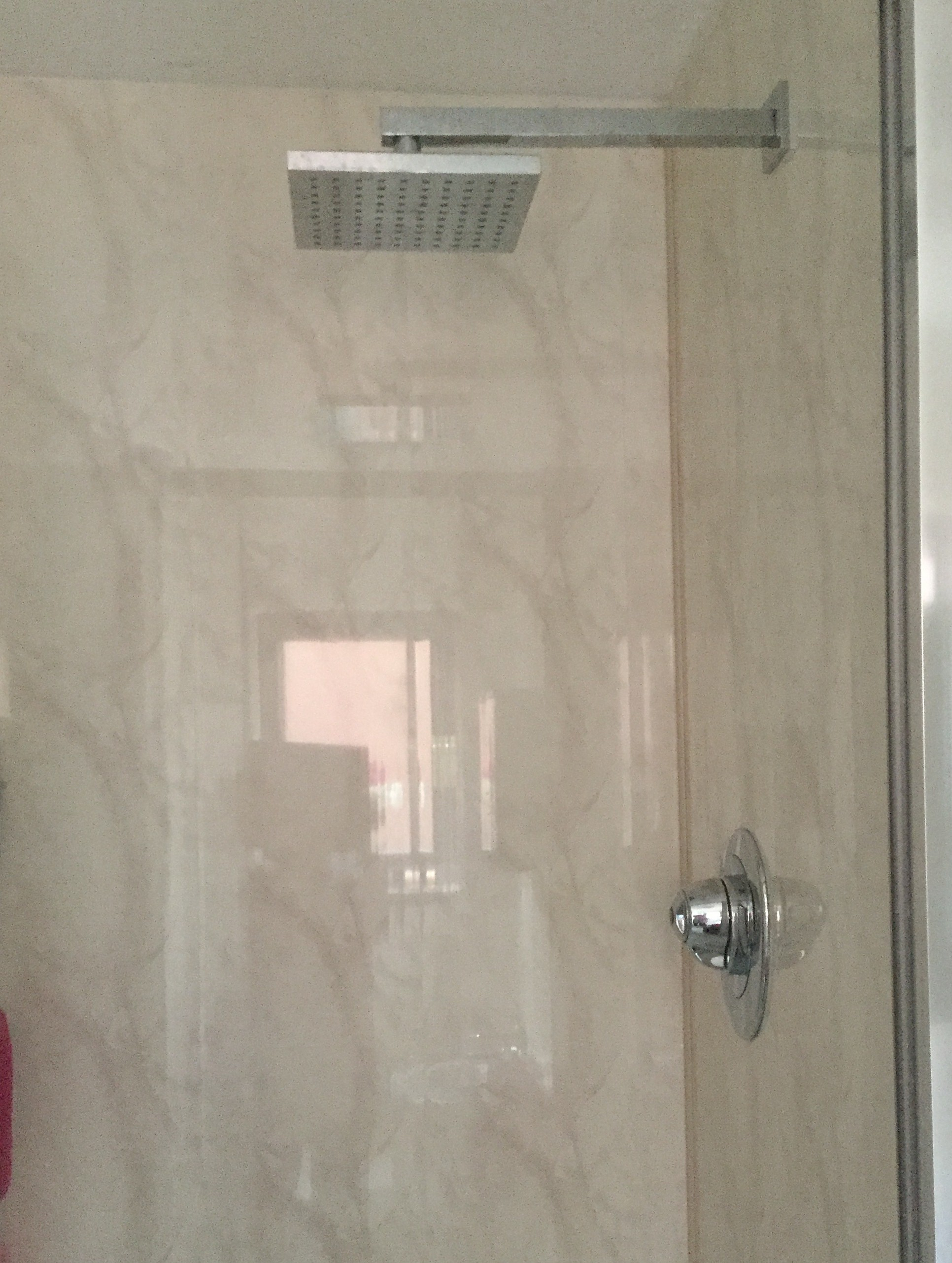 Vicenza beige shower panels