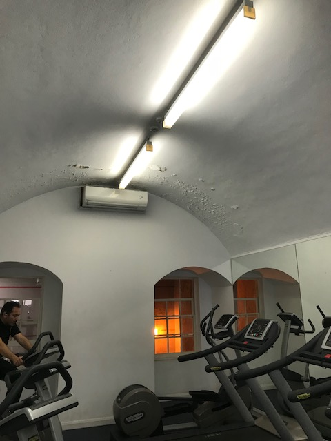 IMG 4330 - Vicenza White Chrome Ceiling Panels In A Gym