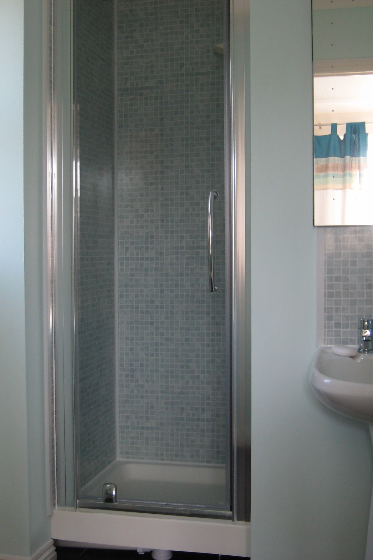 alcove shower door