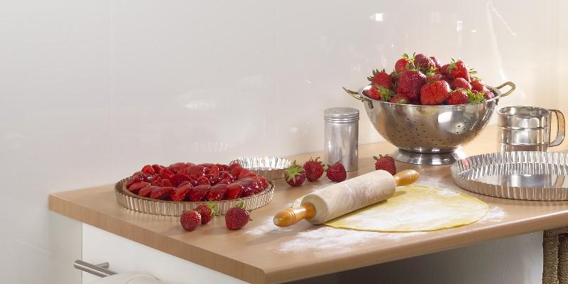 white kitchen wall cladding