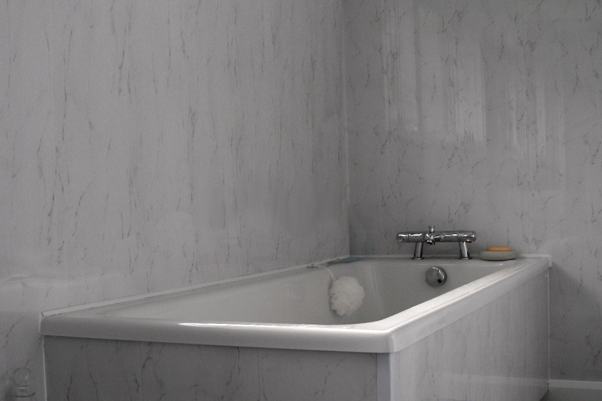 bath wall 1200 - Cladding Over Tiles